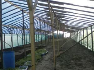 Монтаж основной конструкции теплицы